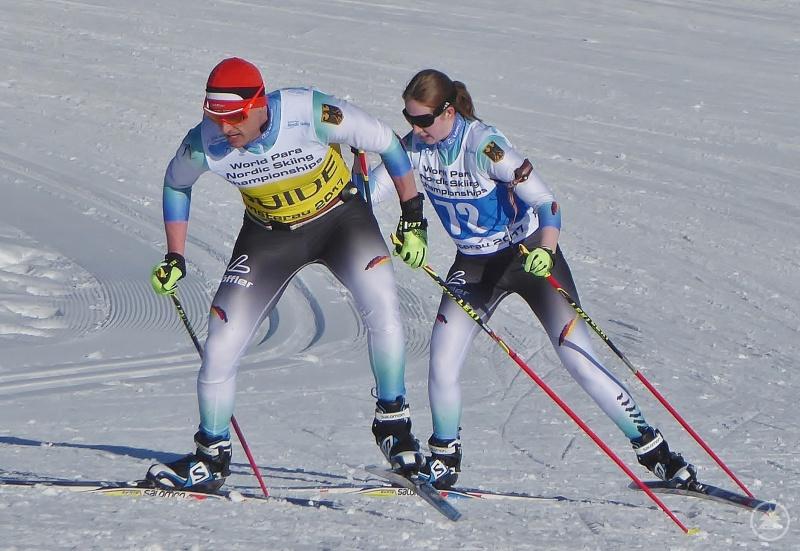 Biathlonweltmeisterin Clara Klug und ihr Guide Martin Härtl