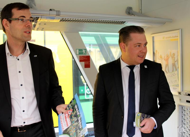 Länderbahngeschäftsführer Gerhard Knöbel und Landrat Michael Adam (re.) begrüßten die Teilnehmer.