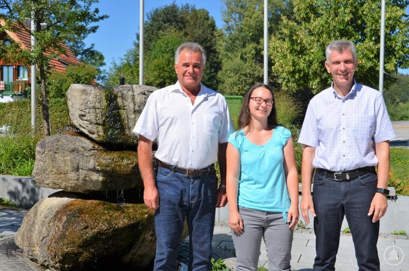 v.l. Neureichenaus Bürgermeister Walter Bermann, die CSU-Ortsvorsitzende Kristina Urmann und MdL Prof. Dr. Gerhard Waschler.