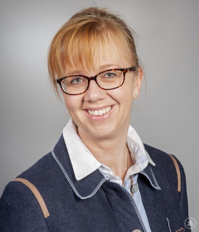Dr. Kristina Saumweber