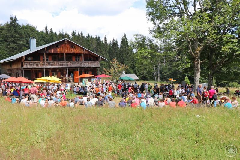 Hunderte Wanderfreunde zog es am Sonntag hinauf zum Tummelplatzfest.