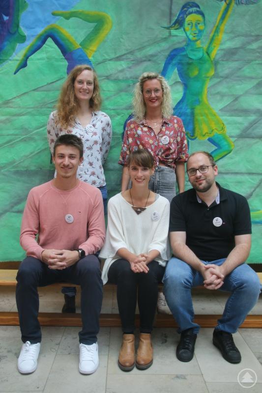(von links nach rechts): Mascha Heiderich, Atlanta Baranski (hinten)                                                       Florian Wenzel, Carolin Freiss, Franz-Xaver Oswald (vorne)