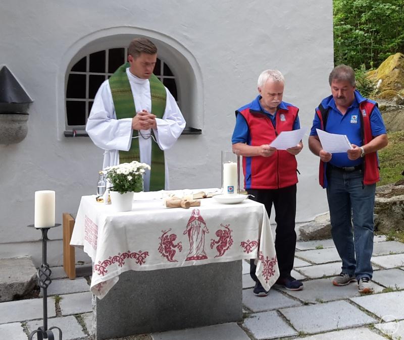 Sigi Stockbauer und Christian Mies trugen die Fürbitten vor.