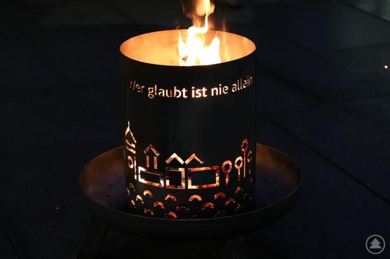 Der neue Feuerkorb ist ein gemeinsames Projekt der Diözese Passau mit den Werkstätten für Menschen mit Behinderung des Caritasverbandes für die Diözese Passau e.V.