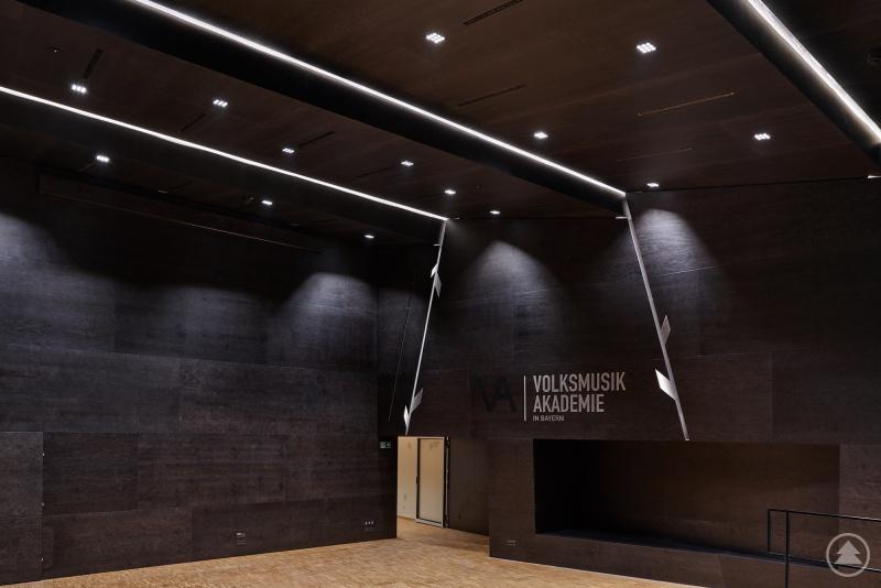 Der Konzertsaal in der Volksmusikakademie.