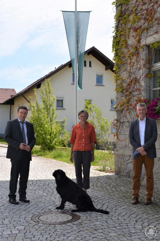 (v.l.) MdL Max Gibis, Gudula Lermer von den Bayerischen Staatsforsten und MdL Prof. Dr. Gerhard Waschler.
