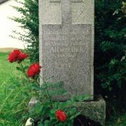 Gedenkstein beim Haus Heine