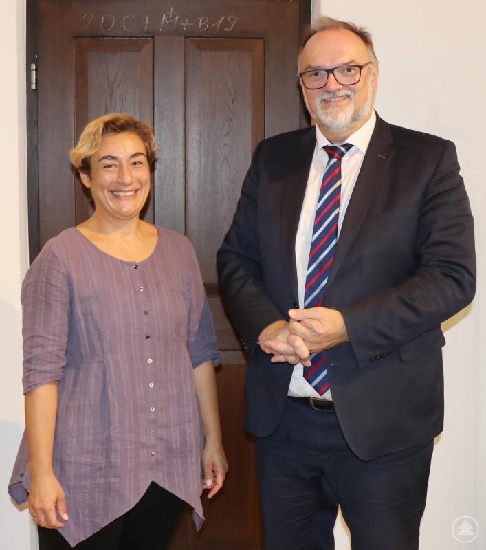 Oberbürgermeister Jürgen Dupper und Doris Zauner sehen vor allem beim interkulturellen Dialog viele Berührungspunkte von Stadt und Bistum.