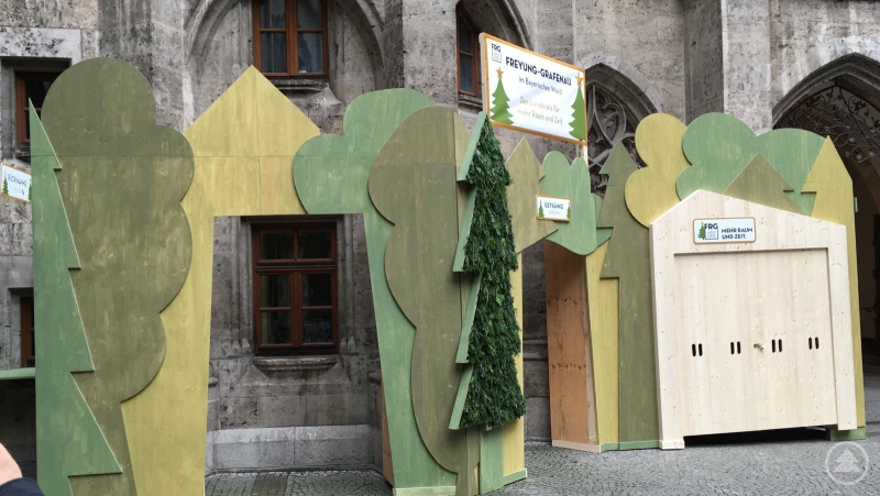 Mit einem eigens entworfenen Stand will man in München zeigen, was der Landkreis alles zu bieten hat.