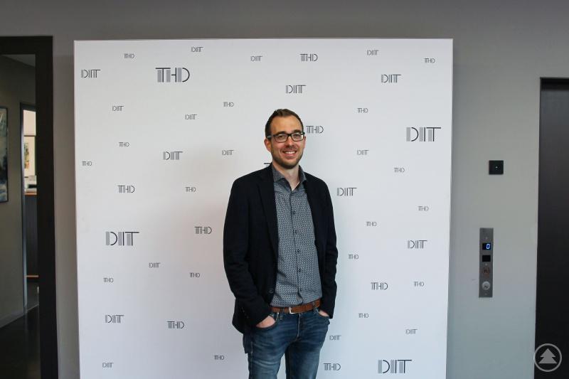 Sein Fachgebiet steht für die Früherkennung von Krankheiten und eine personalisierte Medizin. Dr. Phillipp Torkler ist neuer Professor für Bioinformatik an der TH Deggendorf.