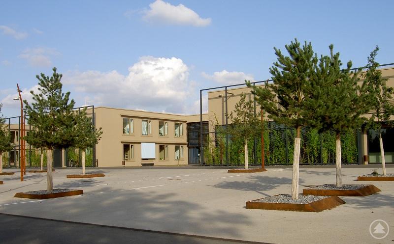 Das Institut für Hören und Sprache in Straubing. Nur langsam kehrt der Alltag dort zurück.