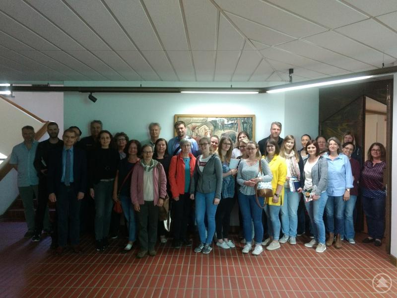 Das Bild zeigt die Teilnehmer des Arbeitskreises Sucht.