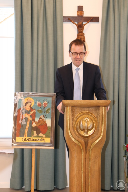 Diözesan-Caritasdirektor Michael Endres spricht von erlebbarer und fühlbarer Heimat in St. Elisabeth.