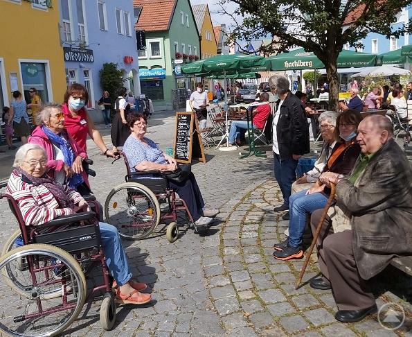 Endlich wieder miteinander die letzten Sommertage genießen können – SENTA Waldkirchen zum 1. September 2020.
