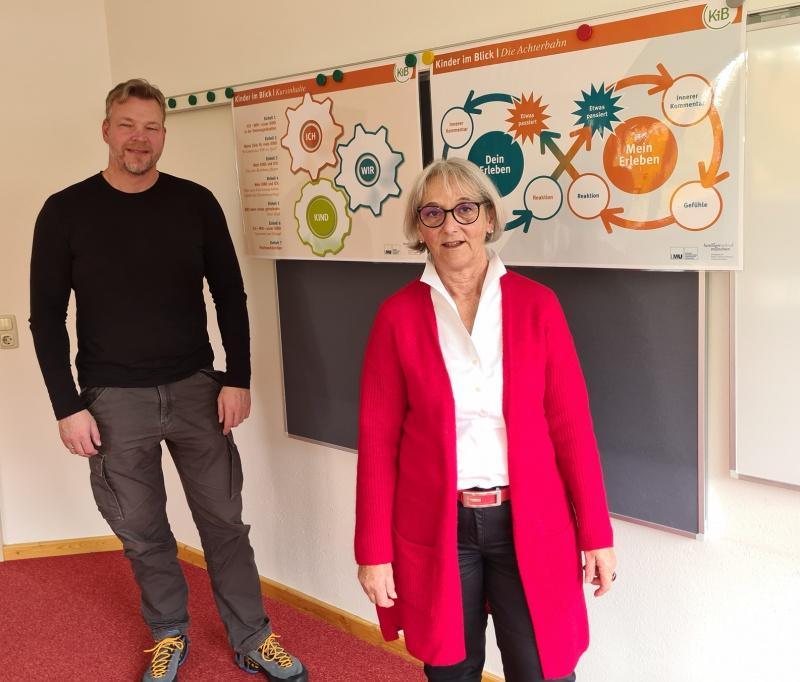 Aloisia Rothenwührer und Stephan Unbehagen von der Erziehungsberatung haben das Kompetenztraining für Eltern in den Landkreis gebracht. Seither helfen sie Familien in der Trennungsphase, achtsam miteinander umzugehen.