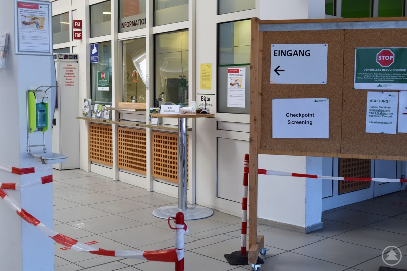 Checkpoint Screening Arberlandklinik Zwiesel (Eingangshalle)