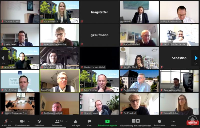 """Virtuell erreichte das Symposium """"Unternehmensführung 4.0"""" einen neuen Teilnehmerrekord."""