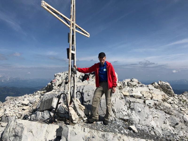 """Der Gipfelsammler Walter Schweitzer nimmt auch gerne """"einfachere"""" Ziele ins Visier: 2019 bestieg er das Mosermandl  (2680 m) im Zederhaustal, Lungau."""