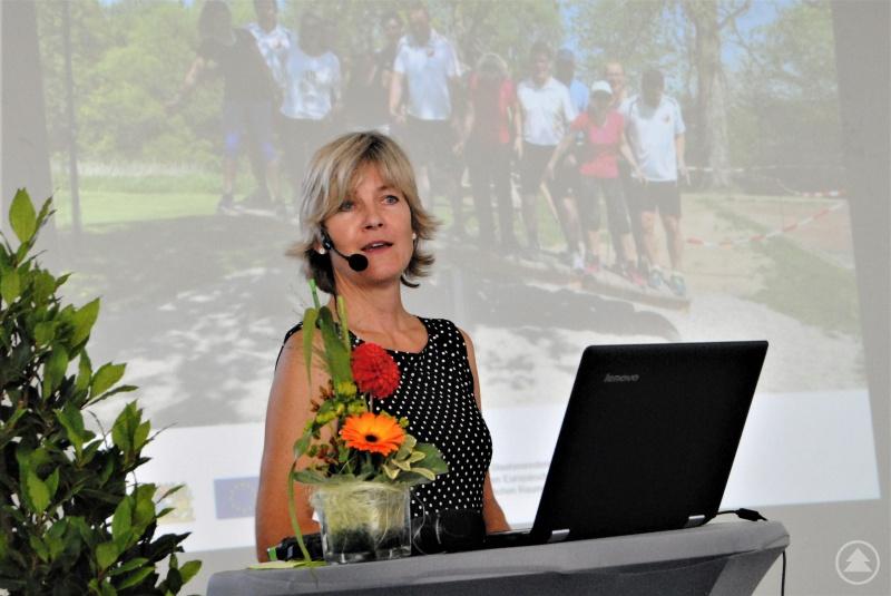 """Sie moderierte den Nachmittag und hält beim Projekt """"Bewegtes Niederbayern"""" die Fäden in der Hand: Dr. Ursula Diepolder, Managerin der LAG Passauer Land."""