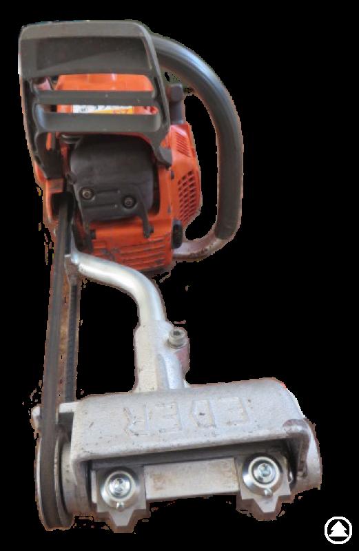 Das Rindenstreifenmesser kann als Aufsatz an eine Vielzahl von Motorsägen angebaut werden.