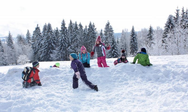 Viel Spaß versprechen die Erlebnisnachmittage in der verschneiten Nationalpark-Natur.
