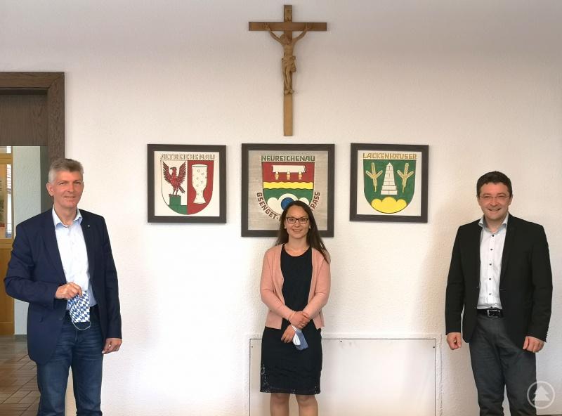 Bürgermeisterin Kristina Urmann mit Prof. Dr. Gerhard Waschler, MdL (links) und Max Gibis, MdL (rechts)