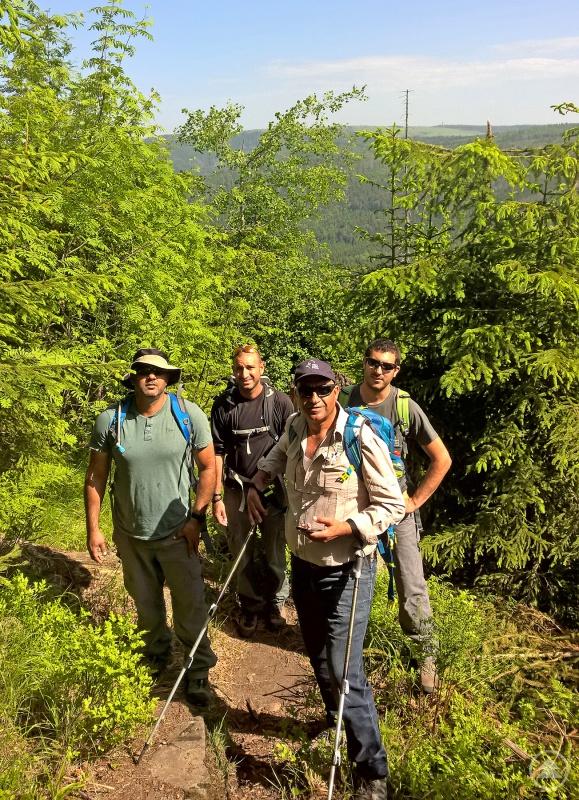 Die israelische Delegation war unter anderem am Rachel unterwegs, um dort die einzigartige Walddynamik zu bestaunen und die damit einhergehenden Herausforderungen für die Arbeit von Rangern zu diskutieren.