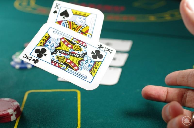 Im Poker geht es um mehr, als per Zufall eine gute Hand zu erhalten.