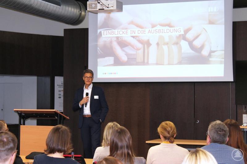 Prof. Dr. Stephan Gronwald gibt Einblicke in die Ausbildung zum Systemischen Prozessberater im Betrieblichen Gesundheitsmanagement.