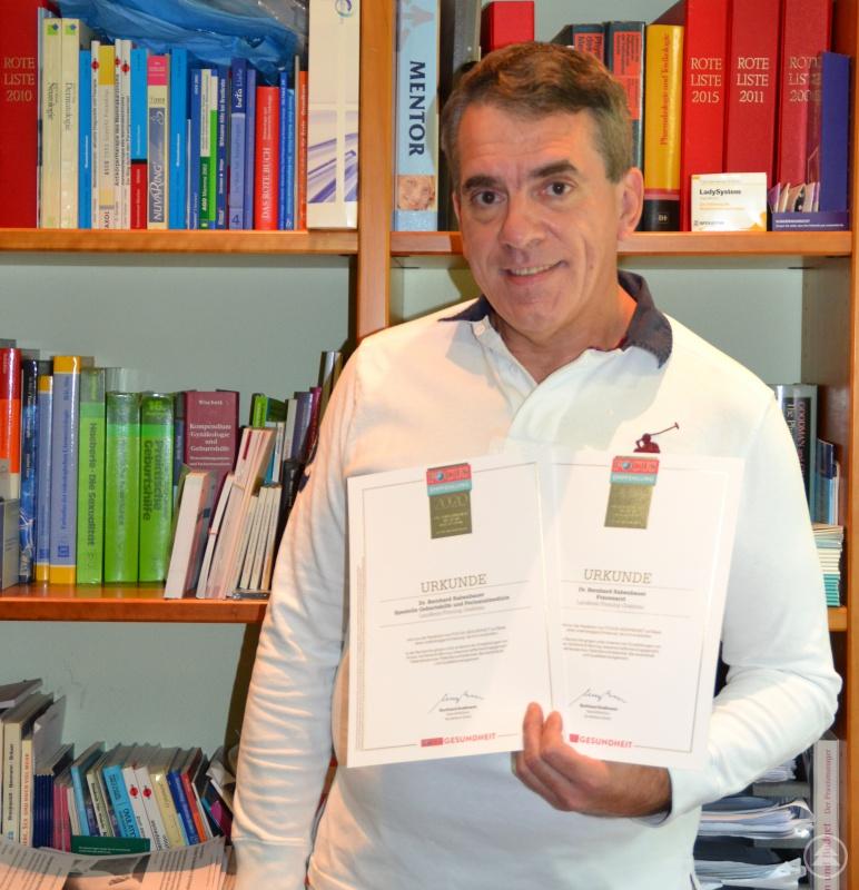 Dr. med. Bernhard Rabenbauer freut sich über die Empfehlung als Arzt in der Region
