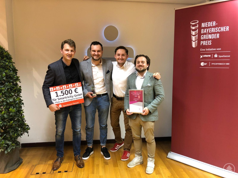v.l.: Andreas Donig, Michael Hasler, Rober Richter (Gründerscout des INN.KUBATOR Passau) und Sebastian Schmidt