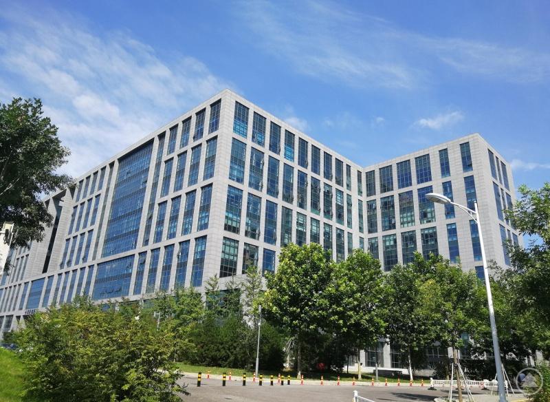 metron beijing befindet sich in Pekings Bestlage und bietet auf 335 Quadratmeter Bürofläche komplette Büro- und Planungsarbeiten.