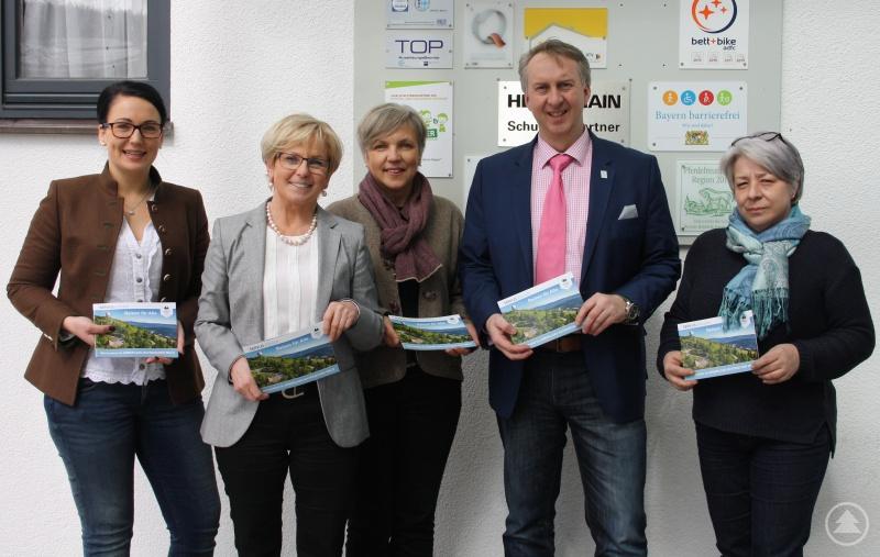 von links: Veronika Wellisch, Rita Röhrl, Susanne Wagner, Helmut Plenk und Martine Ernst
