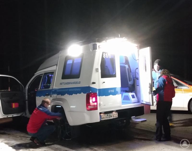 Einsatz am Lusen - das Bergrettungsfahrzeug steht parat.
