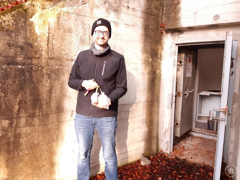 Steinbauer mit einer Kugelbombe - Highlight einer Pyro-Show