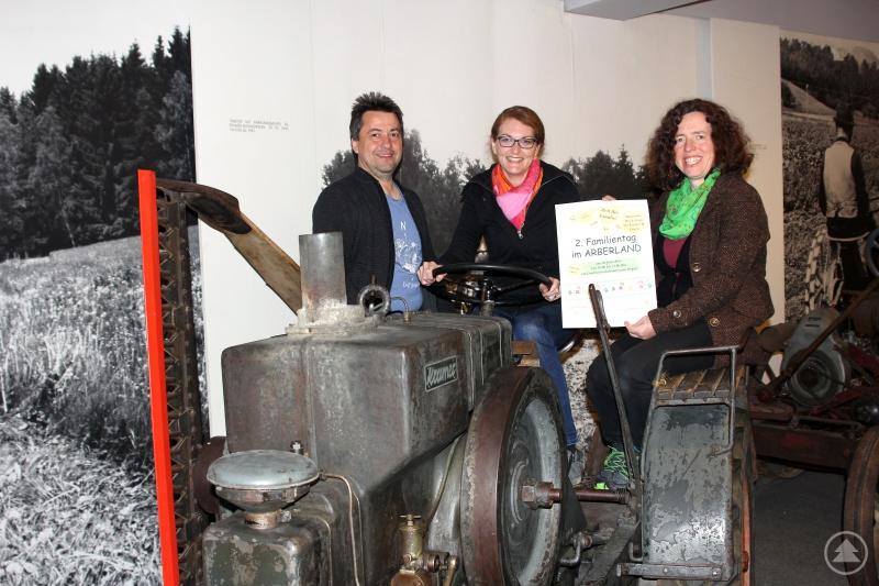 Sie freuen sich auf das Familienfest (v.li.): Museumsleiter Roland Pongratz, Barbara Kreuzer und Elisabeth Mies.