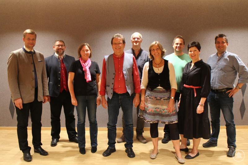 Dr. Olaf Heinrich (v. l.), Dr. Elmar Walter, Brigitte Schäffler, Franz Schötz, Franz Josef Schramm, Dagmar Held, Benjamin Schmid, Carolin Pruy-Popp und Roland Pongratz.