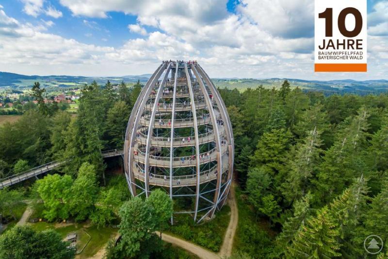 Aussichtsturm im Nationalpark Bayerischer Wald