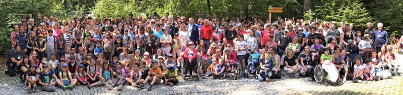 Am Ende des Tages versammelte sich ein Großteil der rund 500 Teilnehmer zum Gruppenfoto.