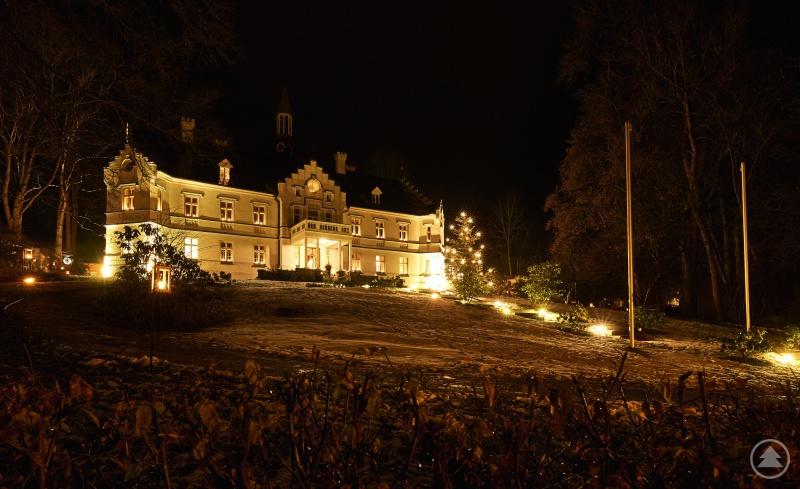 Das Schloss im vorweihnachtlichen Lichterzauber